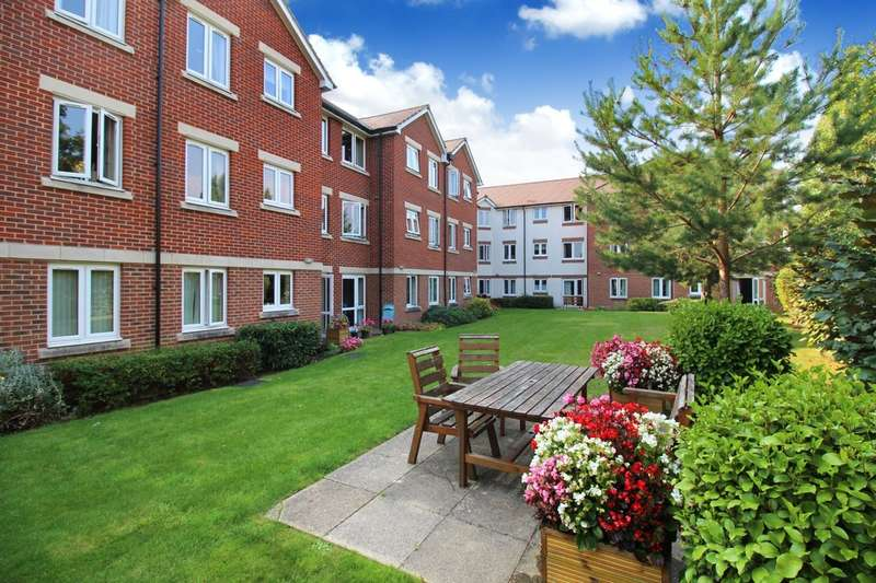 2 Bedrooms Property for sale in Manton Court, Kings Road
