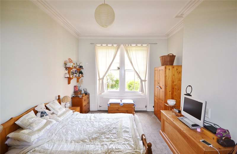 2 Bedrooms Maisonette Flat for sale in Croftdown Road, Dartmouth Park, London, NW5