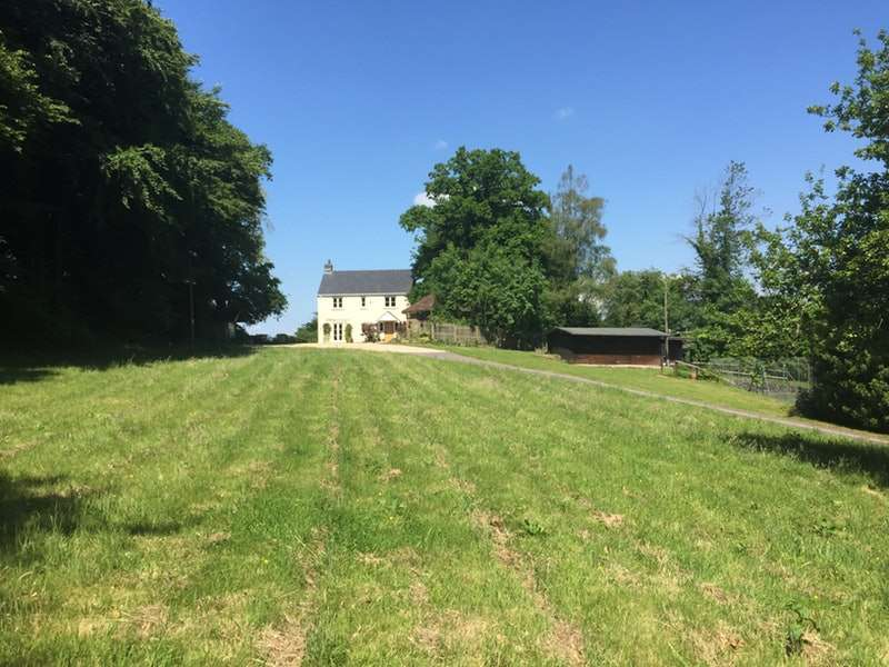 4 Bedrooms Detached House for sale in Coed Y Caerau Lane, Monmouthshire, Gwynedd, NP18