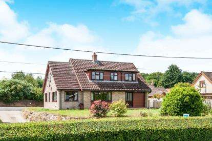 5 Bedrooms Bungalow for sale in Botesdale, Diss, Suffolk
