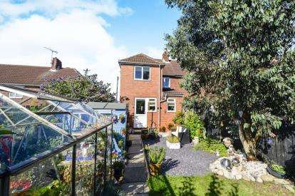 3 Bedrooms Semi Detached House for sale in Abbotts Road, Whitby, ., North Yorkshire
