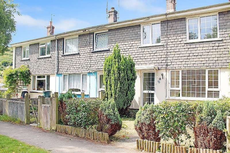 3 Bedrooms Terraced House for sale in 16 West Street, Millbrook, Torpoint