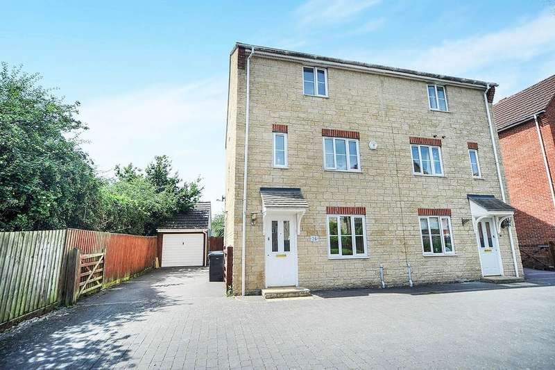 4 Bedrooms Semi Detached House for sale in Grayling Close, Calne, SN11