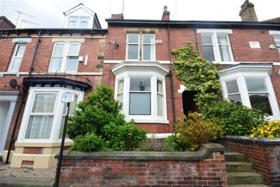 3 Bedrooms House for rent in Wadbrough Road, Ecclesall Road, S11 8RF
