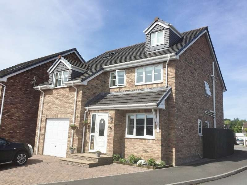 5 Bedrooms Detached House for sale in Hendre Gardens, Pencoed, Bridgend . CF35 6PQ