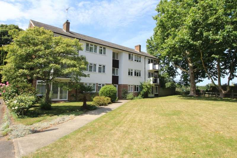 2 Bedrooms Flat for sale in Manygate Lane, Shepperton, TW17