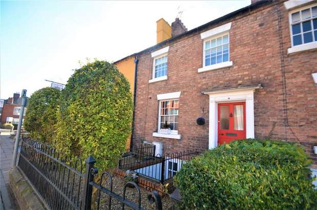 3 Bedrooms Town House for sale in 17 Victoria Road, Shifnal, Shropshire