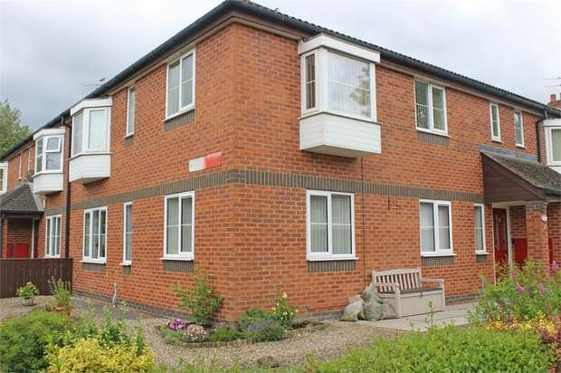 3 Bedrooms Flat for sale in Gregory Court, Newton Aycliffe, Durham