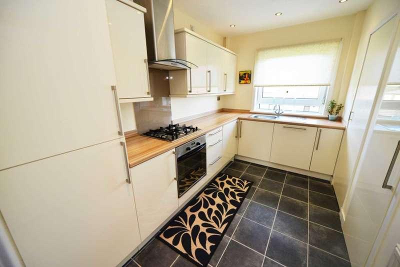 2 Bedrooms Flat for sale in Crawford Street, Burnbank