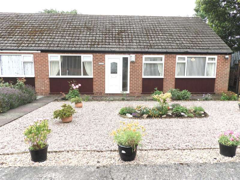 3 Bedrooms Semi Detached Bungalow for sale in Rowan Drive, Kirkby