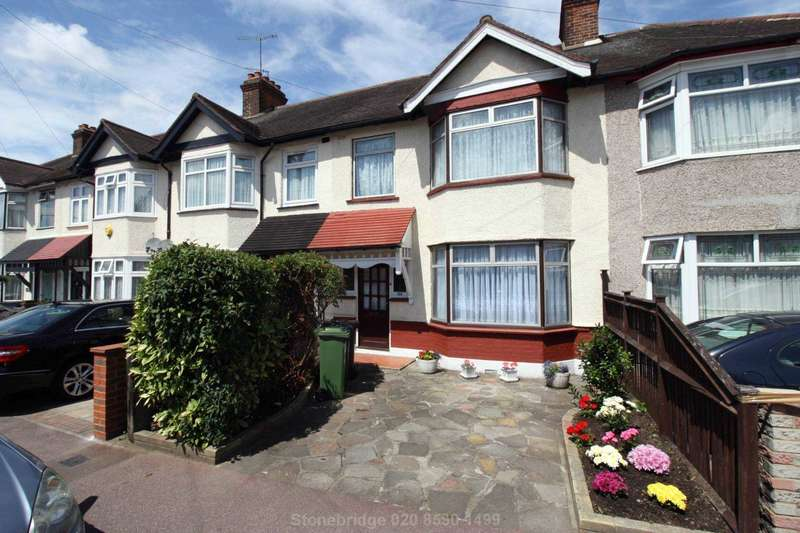 3 Bedrooms Terraced House for sale in Mill Lane, Romford