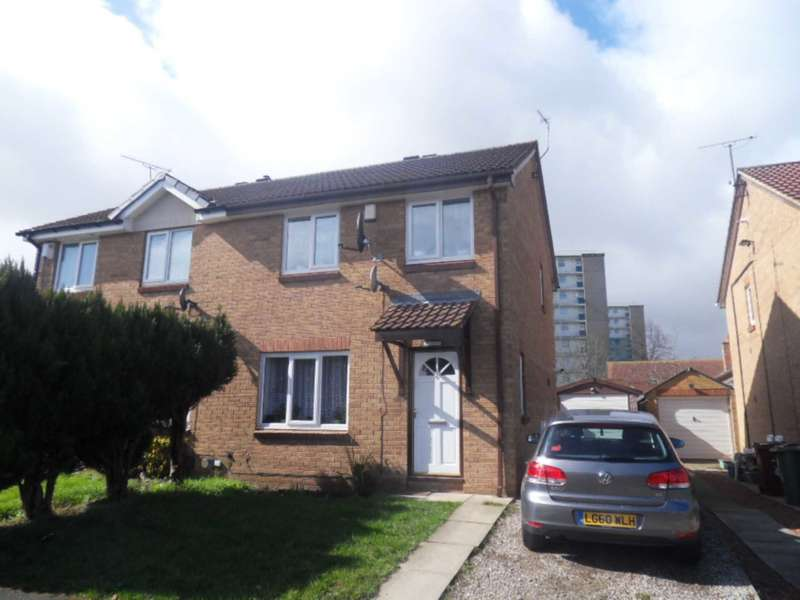 3 Bedrooms Semi Detached House for sale in 6 Raynville Place, Bramley, Leeds, LS13 2PT