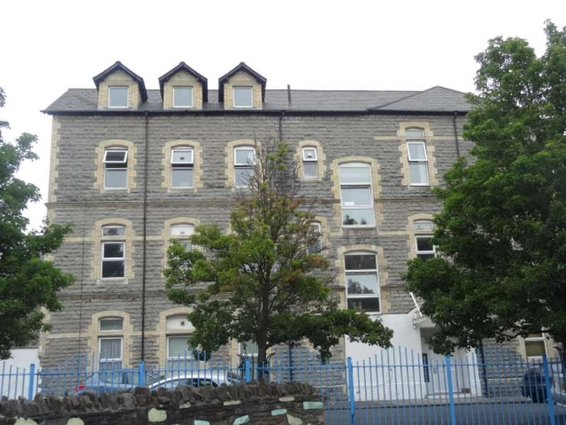 1 Bedroom Apartment Flat for sale in Lower Holmes Street, Barry
