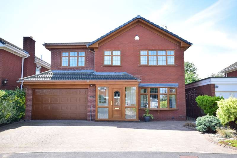 4 Bedrooms Detached House for sale in Ulverston Crescent, Lytham St Annes, FY8