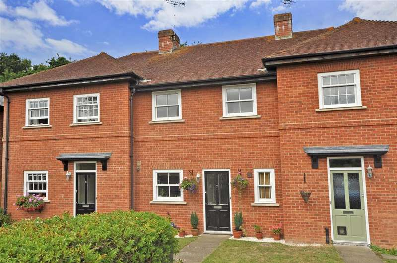 2 Bedrooms Terraced House for sale in Dove Close, Herne Bay, Kent