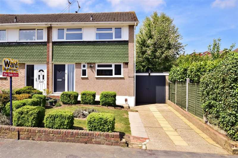 3 Bedrooms Semi Detached House for sale in Bettescombe Road, Rainham, Kent