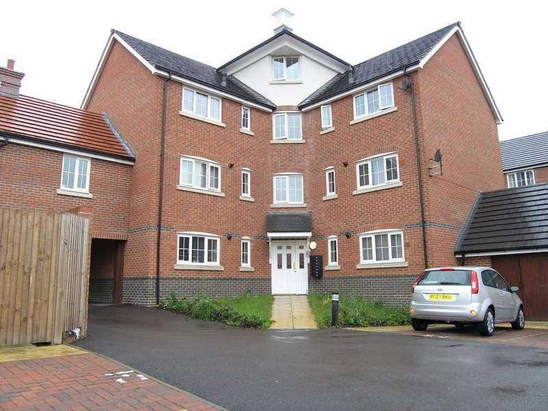 2 Bedrooms Penthouse Flat for sale in Elvetham Rise, Chineham, Basingstoke, RG24