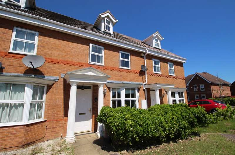 4 Bedrooms Terraced House for sale in Bayham Close, Bedford, Bedfordshire, MK42
