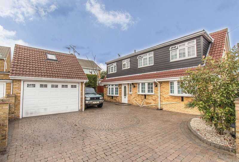 4 Bedrooms Detached House for sale in Church Road, Benfleet, SS7