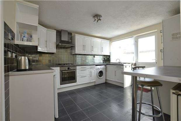 2 Bedrooms Terraced House for sale in Redland Park, BATH, Somerset, BA2 1SG