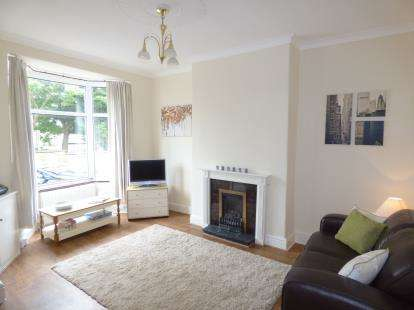 2 Bedrooms Terraced House for sale in Holgate Street, Briercliffe, Burnley, Lancashire