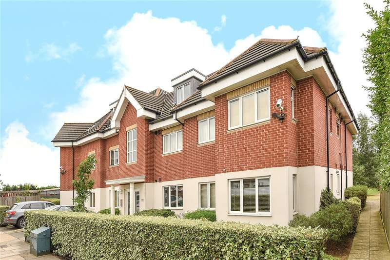 1 Bedroom Apartment Flat for sale in Chaucer Court, 2 Glebe Avenue, Ruislip, Middlesex, HA4