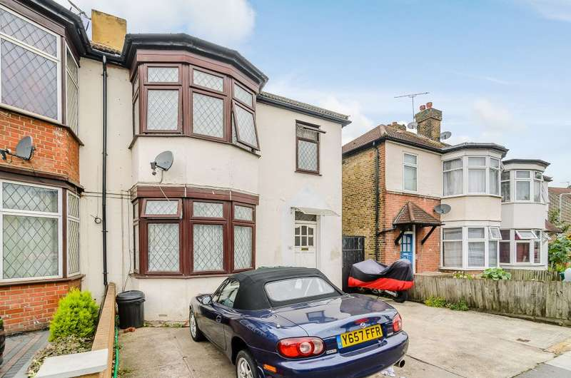 4 Bedrooms Semi Detached House for sale in Aldborough Road South ,Ilford, ESSEX IG3