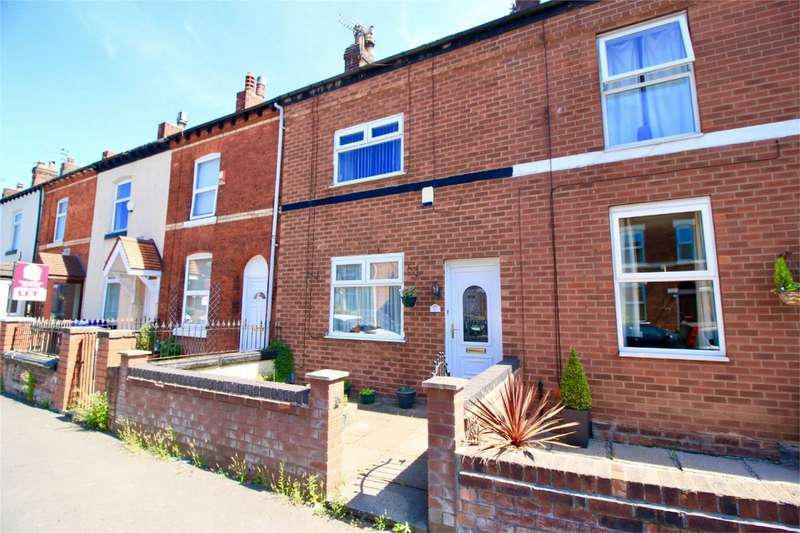 2 Bedrooms Terraced House for sale in Stafford Road, Swinton, Manchester