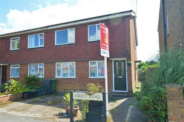 2 Bedrooms Maisonette Flat for sale in Forest Road, Cheshunt, Cheshunt, Hertfordshire