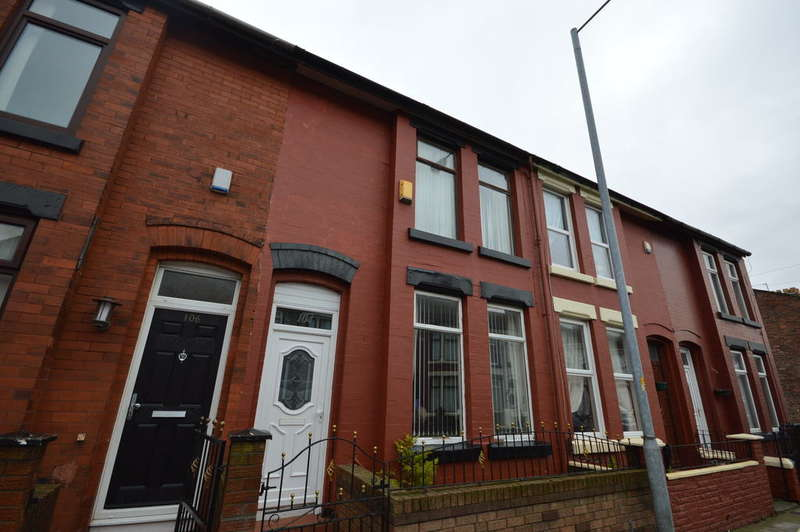 3 Bedrooms Terraced House for sale in Thornton Road, Bootle, L20