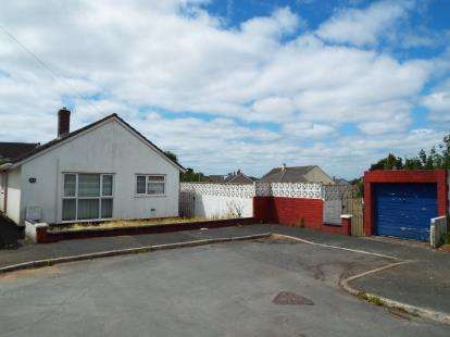 3 Bedrooms Bungalow for sale in Plymouth, Devon