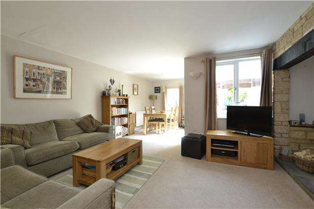 3 Bedrooms Semi Detached House for sale in Cotswold Meadow, WITNEY, OX28 5FA