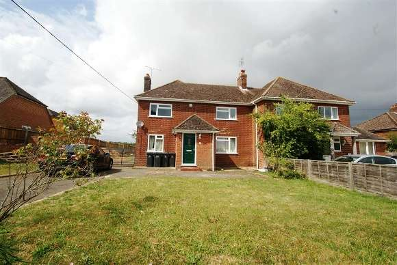 4 Bedrooms Semi Detached House for rent in Barrow Hill, Goodworth Clatford, Andover