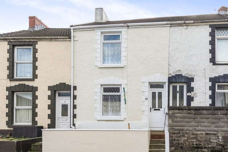 2 Bedrooms Terraced House for sale in Fern Street, Cwmbwrla, Swansea