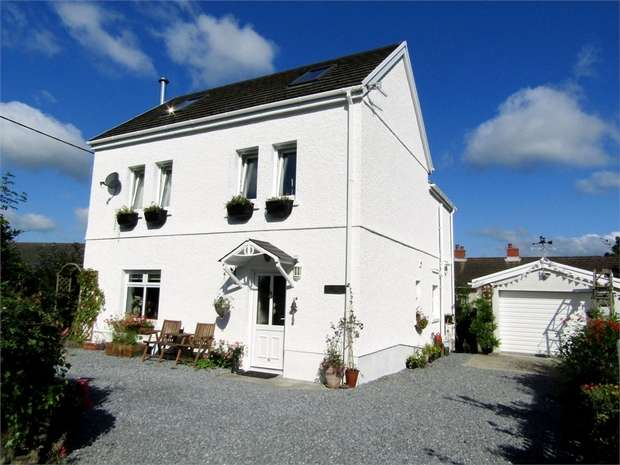 4 Bedrooms Detached House for sale in Lon Y Felin, Garnswllt, Ammanford, West Glamorgan