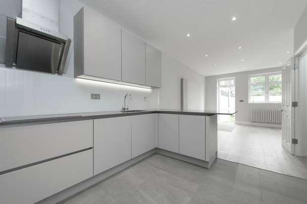 2 Bedrooms Flat for sale in Wrottesley Road, Kensal Green, London