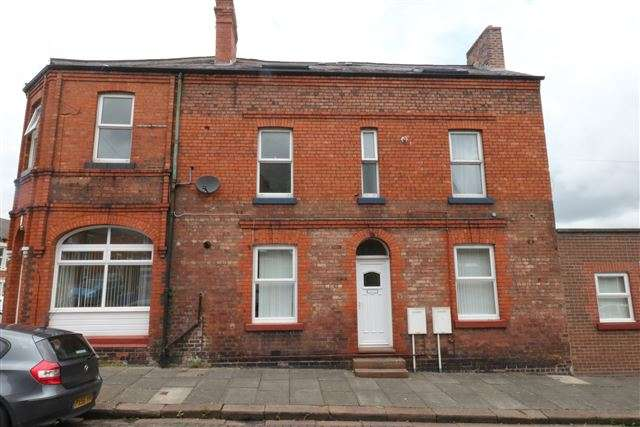 3 Bedrooms Flat for sale in Leatham Street, Carlisle, Cumbria, CA2 7BG