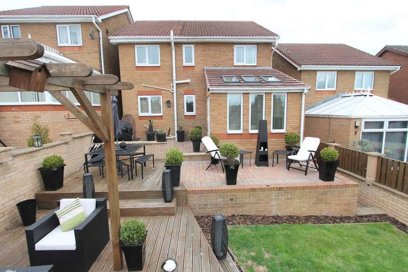 4 Bedrooms Detached House for sale in White Cross Avenue, Cudworth, Barnsley, S72 8GA