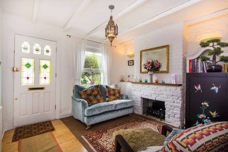 3 Bedrooms House for sale in Sutton Common Road, Sutton, SM3