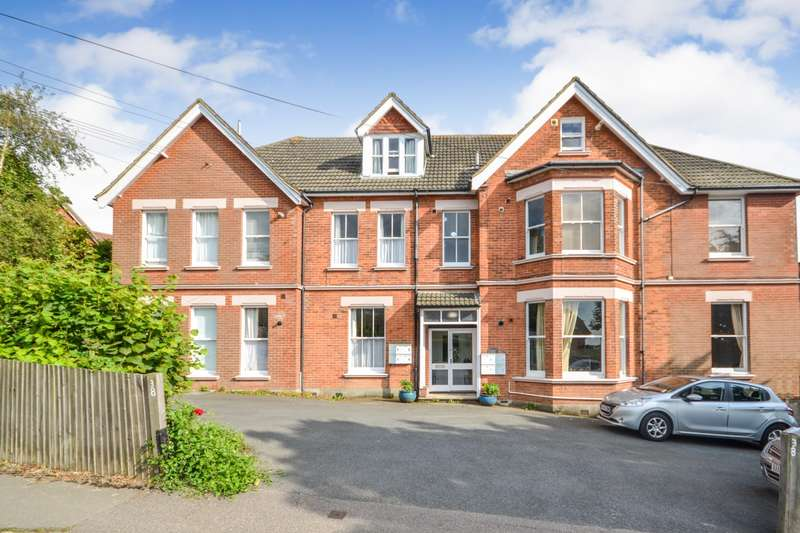 1 Bedroom Flat for sale in Filsham Road, St Leonards On Sea, TN38