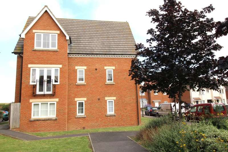 2 Bedrooms Flat for sale in Sanderling Way, Iwade, Sittingbourne, ME9