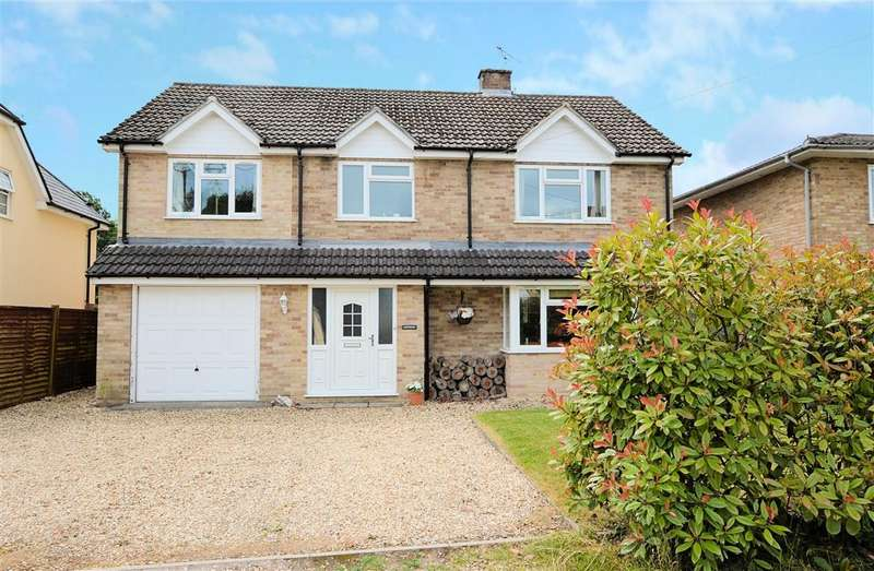 4 Bedrooms Detached House for sale in Palmer's Lane, Burghfield Common, Reading, RG7