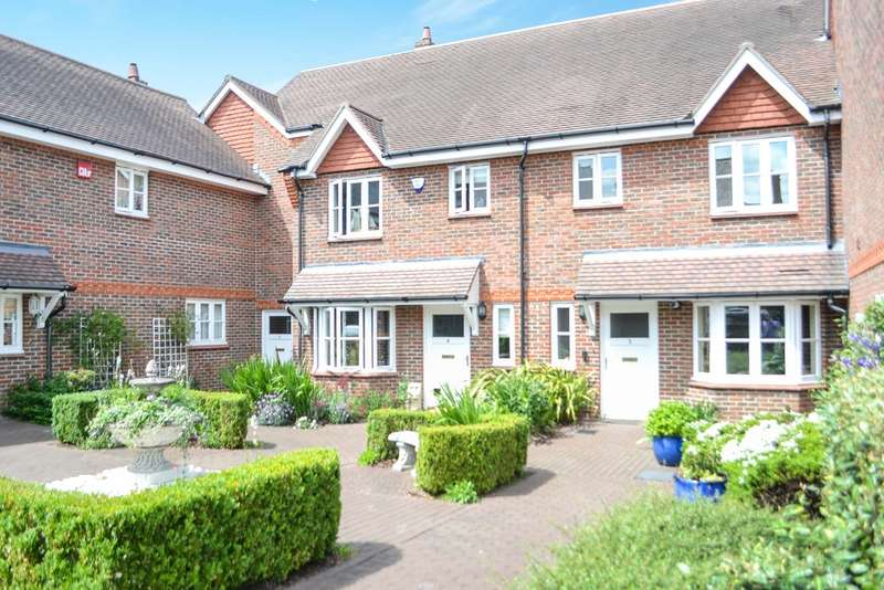 3 Bedrooms Terraced House for sale in Westfield Gardens, Dorking