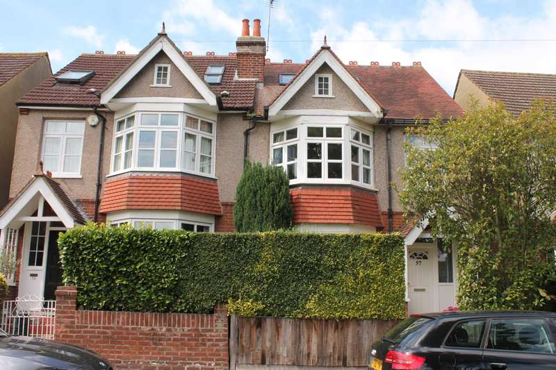 4 Bedrooms Semi Detached House for sale in Park View, New Malden