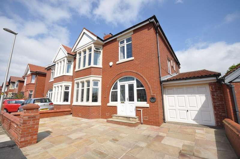 4 Bedrooms Semi Detached House for sale in Cornwall Avenue, Bispham, Blackpool, Lancashire, FY2 9QR