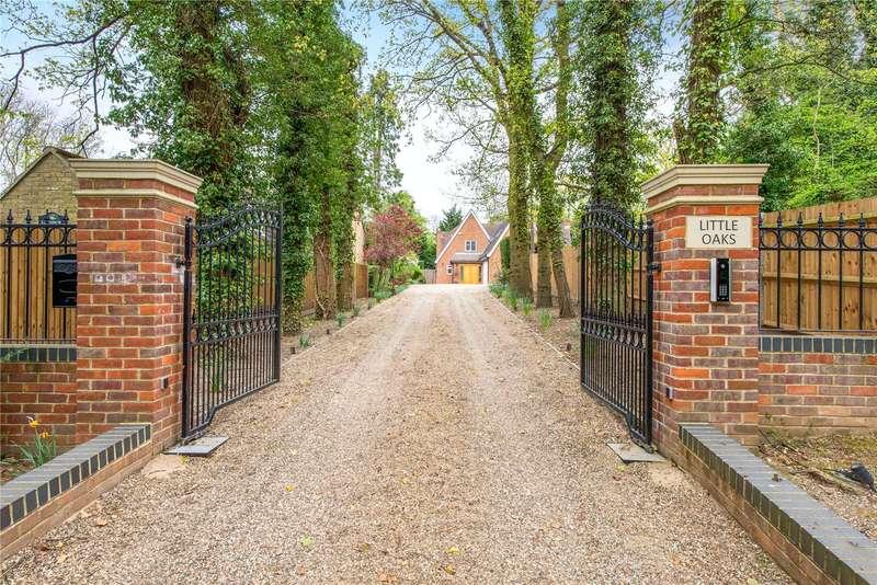 4 Bedrooms Detached House for sale in Lye Lane, Bricket Wood, St. Albans, Hertfordshire, AL2