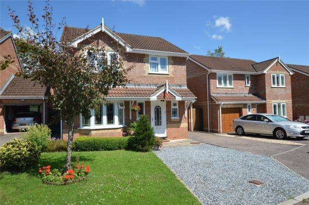 3 Bedrooms Detached House for sale in Willow Walk, Honiton, Devon