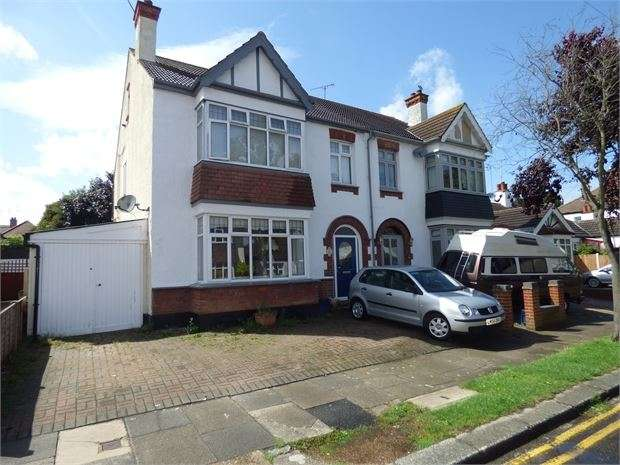 4 Bedrooms Semi Detached House for sale in Cheltenham Drive, Leigh on sea, Leigh on sea, SS9 3EQ