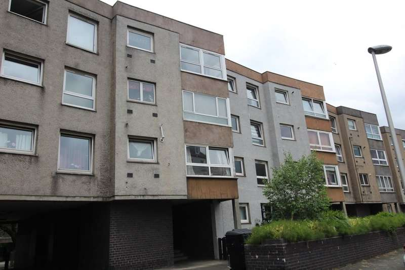 2 Bedrooms Flat for sale in Giles Street, Edinburgh, EH6