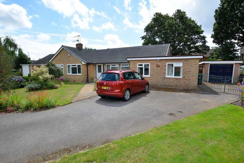 4 Bedrooms Bungalow for sale in Ferndown, Dorset